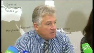 Companhia aérea descarta problemas técnicos na queda de avião russo - Representante da Metrojet disse que seria impossível que uma falha mecânica ou mesmo uma falha nos sistemas do avião pudesse ter levado o Airbus a se partir em pedaços durante o voo.