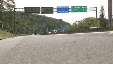 Comerciantes catarinenses são assaltados na BR-376, no Paraná - Comerciantes catarinenses são assaltados na BR-376, no Paraná