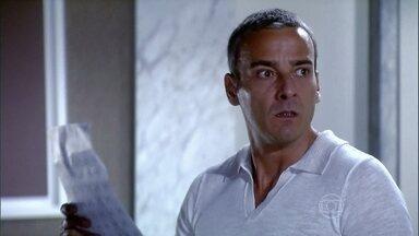 Raul encontra uma carta de Maya em sua mala - Yvone diz que Raul pediu um favor a ela, mas ele diz que não se lembra de nada