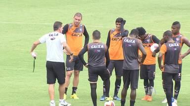 Vagner Mancini faz mudanças no Vitória para partida contra o Macaé - Jogo acontece no sábado (7), no Rio de Janeiro. Leão está há três rodadas sem vencer.