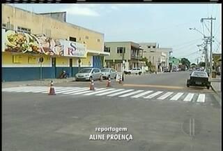 Faixas de pedestres de Campos, RJ, recebem manutenção - Medida acontece em Guarus.