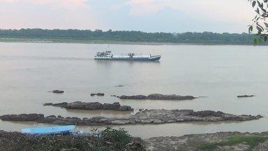 Comandantes falam sobre riscos á navegação no AM - Chuva e seca influenciam no nível do rio.