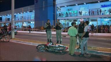 Fim de semana marcado por acidentes de trânsito em João Pessoa - Em um dos casos, duas pessoas morreram num grave acidente no bairro dos Bancários, na capital.