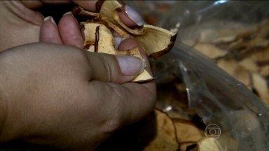 Veja como é feita a maçã seca crocante - O Bem Estar mostra como é feito todo o processo para a maça seca crocante. Confira o vídeo.