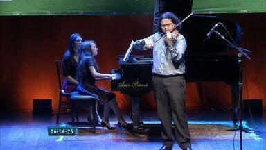 Fortalece recebe concurso Jovens Talentos Troféu Mansueto Barbosa - As apresentações foram realizadas no teatro Carlos Câmara.