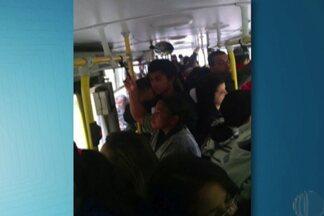 Linhas Jardim Piatã e Jardim São José, em Mogi, têm lotação e atrasos, diz passageiro - Segundo o passageiro, os ônibus ficam cheios nos dois sentidos.