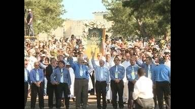 300 mil pessoas participaram da Romaria da Medianeira - A imagem de Nossa Senhora Aparecida também veio para Santa Maria no domingo.