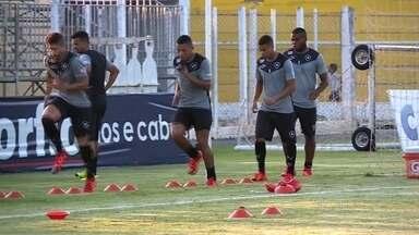 Botafogo tem mais uma chance de garantir a volta à elite do Brasileirão - O time alvinegro vai enfrentar, nesta terça-feira (10), o Luverdense, em Lucas do Rio Verde, em Mato Grosso. Se vencer, garante a sua volta à primeira divisão do Campeonato Brasileiro.