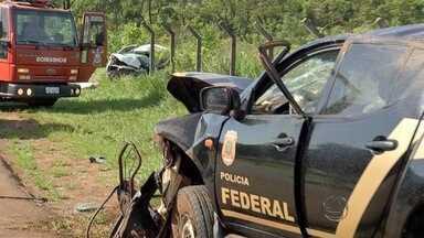 Três morrem na BR-163 em MS após viatura da PF capotar em perseguição - A Polícia Federal (PF) abriu inquérito para apurar as causas incidente e tem 30 dias para concluir as investigações.