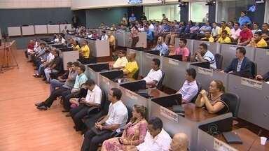 Projeto de lei para organizar atividades de taxistas é discutido na Câmara - Audiência Pública ocorreu nesta terça-feira (10)