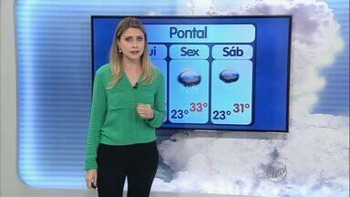 Previsão é de chuva na tarde desta quinta-feira (12) em Pontal, SP - A temperatura máxima pode chegar aos 34 graus.