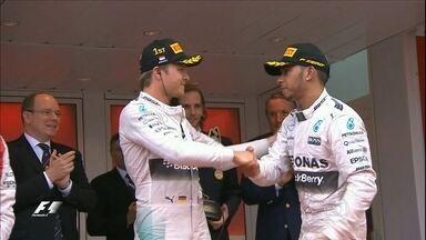 Rivalidade: Rosberg pretende mais uma vitória em Interlagos em cima de Hamilton - Em 2014 ele venceu o GP no Brasil.