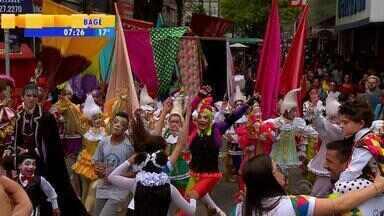 Festival de circo invade as ruas de Pelotas, no Sul do RS - Atração segue até domingo (22).