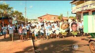 População sai às ruas para protestar contra a violência em Lagoa Alegre - População sai às ruas para protestar contra a violência em Lagoa Alegre