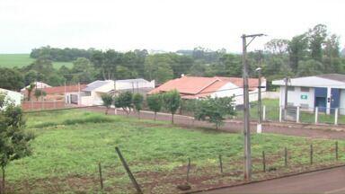 O ParanáTV conheceu hoje as histórias e problemas do Porto Belo - O bairro foi sorteado na redação móvel da semana passada.