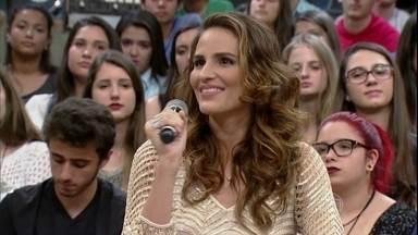 Fernanda Tavares fala sobre maternidade e profissão - Modelo conta que diminuiu o número de trabalhos depois de se tornar mãe