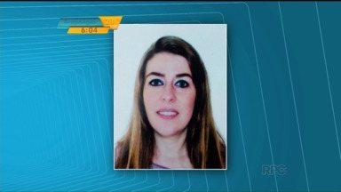 Polícia de Cascavel investiga morte de Ingrid Rubel - A mulher, de 38 anos, foi morta por estrangulamento no sábado (28) e o suspeito foi preso. A polícia fez a reconstituição do crime na terça-feira (1º).