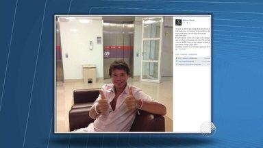 Cantor Netinho volta a ser internado em SP após sentir tontura - Através de uma rede social, o artista informou que passou por uma revisão e que está tudo bem com a saúde.