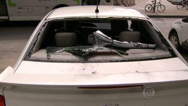 Bandidos e policiais trocam tiros em Ramos - Os bandidos lançaram uma granada de guerra contra os policiais.