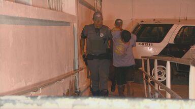 Homem é preso suspeito de assaltar várias casas em Campinas - A polícia suspeita que mais pessoas tenham participado dos roubos.