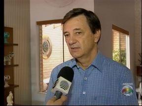 Prefeito de Adamantina volta ao cargo no Executivo - Liminar da Justiça havia suspendido Ivo Santos da Prefeitura.