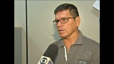 Motociclista fica em estado grave após acidente com táxi em Santarém - Acidente aconteceu na madrugada desta quinta-feira (3), na Av. Muiraquitã. Segundo a polícia, há suspeita de que o taxista estava dirigindo embriagado.