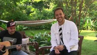 André Valadão canta tema de fim de ano da Globo na abertura do É de Casa - Cantor gospel é uma das atrações deste sábado