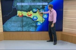 Confira a previsão do tempo para esta segunda-feira (7) - As informações são do meteorologista Leandro Puchalski.