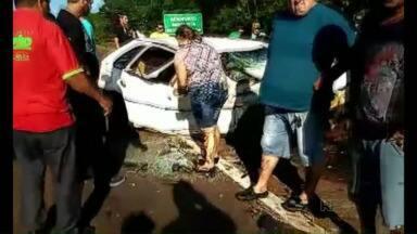 Casal morre em acidente de trânsito na BR-277 em São Miguel do Iguaçu - Vagner Ribeiro da Silva, de 25 anos, e Fabíula Paradzinski, de 20 anos, morreram na hora.