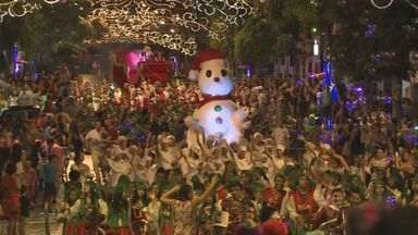 Registro e Pedro de Toledo comemoram Natal de forma antecipada - Centenas de pessoas compareceram nas festas do Vale do Ribeira.