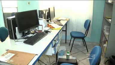 Escritório da Caema é arrombado em Açailândia, MA - Em Açailândia (MA), o escritório da Caema foi arrombado, e o computador onde estão arquivadas todas as informações dos consumidores foi roubado.