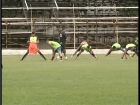 Atletas do Democrata GV fazem primeiro treino após apresentação - Equipe vai disputar Módulo II do Campeonato Mineiro 2016.