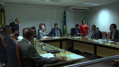 Deputados estaduais votam orçamento para 2016 - Deputados estaduais votam orçamento para 2016.