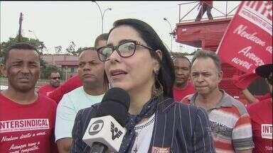 Marcia Rosa decide suspender a licença de funcionamento da Usiminas - Segundo a prefeita de Cubatão, a empresa está rompendo o compromisso de ajustamento. Usiminas disse que posturas radicais não resolverão o problema.
