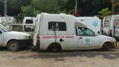 Cachoeiro tem várias ambulâncias paradas e recisando de reparo, no Sul do ES - Problema com ambulâncias já dura mais de cinco anos.