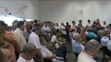 Prefeitura faz sorteio dos alvarás para o táxi preto - A categoria foi criada em outubro por um decreto do prefeito Fernando Haddad, em meio às discussões sobre novos serviços de transporte de passageiros.