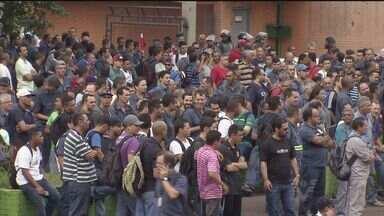 Márcia Rosa suspende alvará de porto e trabalhadores da Usiminas entram em greve - Funcionários da empresa de Cubatão estão de braços cruzados por 72 horas.
