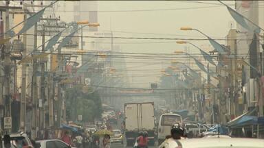 Cortina de fumaça que cobriu o céu de Imperatriz causa danos à saúde da população - A fumaça intensa impediu aviões de realizarem pousos e decolagens no aeroporto do município.