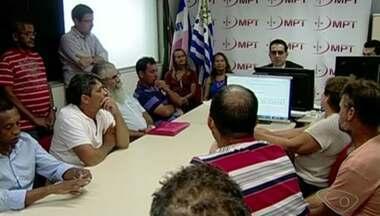 Pescadores questionam valor do auxílio pago pela Samarco em Colatina, ES - Eles vão receber um salário mínimo e outros benefícios.