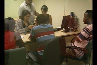 Nigerianos que chegaram clandestinamente ao Pará pedem refúgio - Nove nigerianos foram a Defensoria Pública neste sábado, 12.