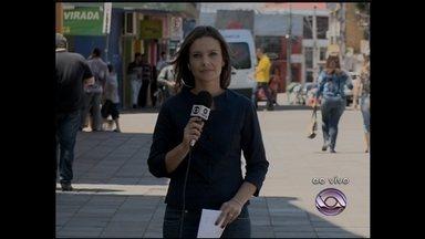 Campanha de arrecadação de alimentos está na Praça Saldanha Marinho - Telespectadores podem ir até o ponto de concentração para doar um alimento para a campanha de Natal do Jornal do Almoço.