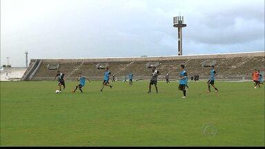 Botafogo-PB retoma treinos para a temporada de 2016 - Time treina pesado para entrar entrosado no ano novo.
