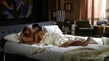 Bahuan liga e Maya atende - Raj e Maya namoram na cama