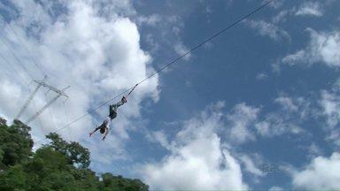 Turistas aproveitam folga para se aventurarem no sudoeste - Propriedades que exploram o turismo rural oferecem opções esportes radicais.