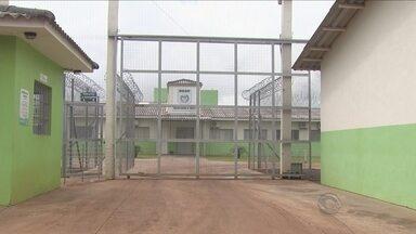 Após contenção de tumulto, três servidores de presídio são afastados em Chapecó - Após contenção de tumulto, três servidores de presídio são afastados em Chapecó