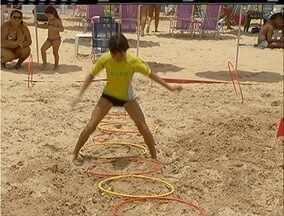 Projeto Estação Verão leva atividades físicas à Praia de Geribá, em Búzios, no RJ - Iniciativa também promoveu ações de conscientização sobre o meio ambiente.