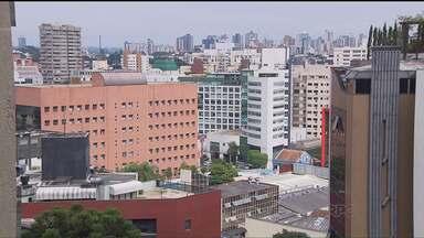 Setor imobiliário tem boas oportunidades de vendas - O mercado imobiliário está aquecido em Curitiba. O momento é bom tanto pra quem vende como para quem compra um imóvel.