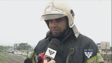 Bombeiros falam sobre a maneira de combate ao vazamento - As peculiaridades das substâncias envolvidas dificultam o trabalho das equipes.