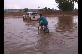 Chuva causa transtornos a moradores de Altamira - Bairros mais afetados estão na área de obras da Norte Energia.