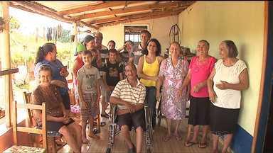 Mais uma família se reencontra graças ao quadro Desaparecidos - Toda semana, o Paraná TV traz histórias de quem procura um parente ou amigo desaparecido. Nessa segunda (18), contamos o final feliz no reencontro de número 46.
